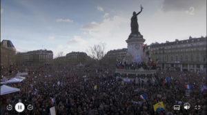 Les Français ont manifesté par millions leur émotion après les attentats de janvier 2015