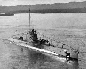 Requin d'acier - un sous-marin corsaire
